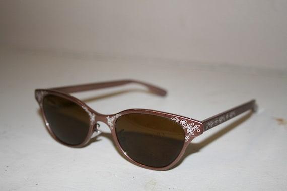 VINTAGE Lulu Guinness floral mauve sunglasses