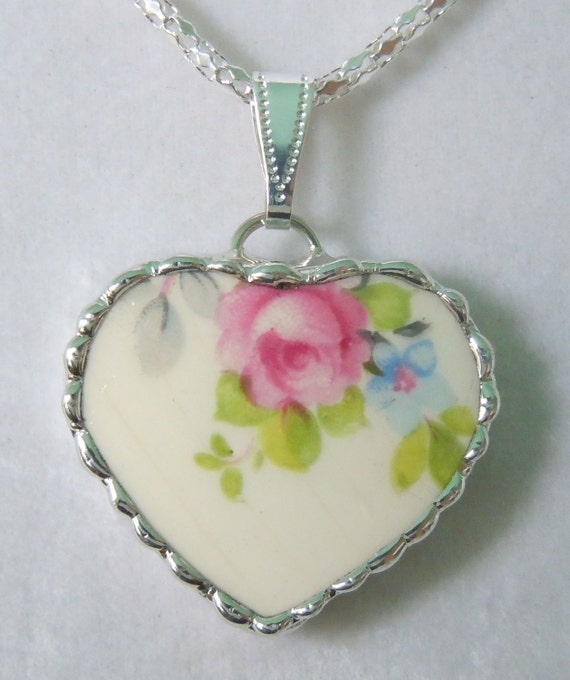 Fiona And The Fig Vintage Broken China Necklace Pendant Charm