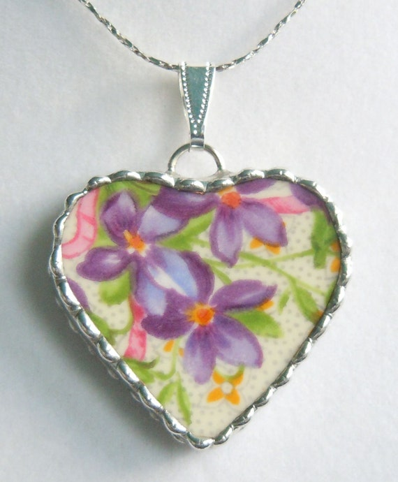 Fiona And The Fig Vintage Broken China Necklace Pendant Jewelry Charm