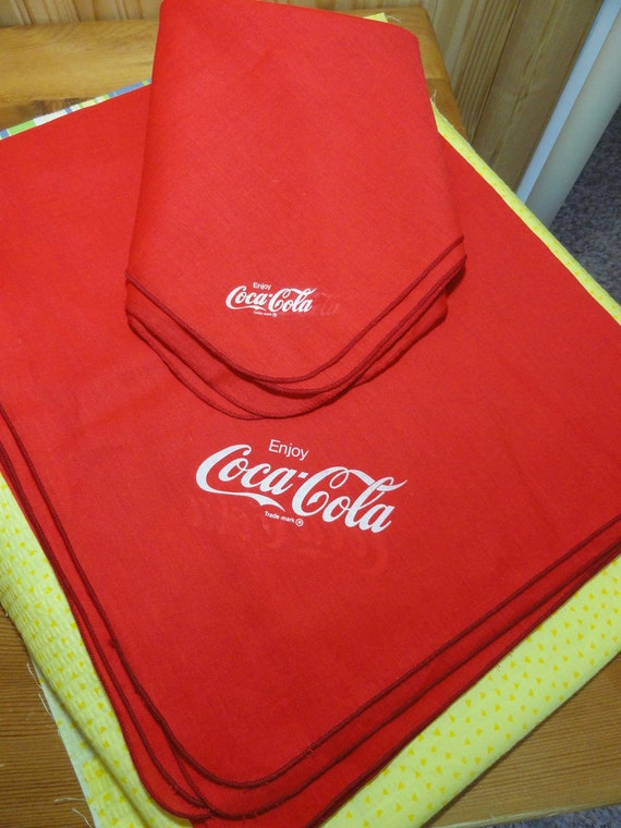 Tablecloth, Coca Cola, Bright Red, Napkins