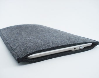 Kindle, Nook, Kobo or Galaxy Sleeve - 100% Merino wool - Charcoal - Portrait