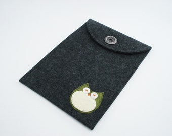Kindle, Nook, Kobo or Galaxy Case with Sage Owl - 100% Merino Wool - Charcoal
