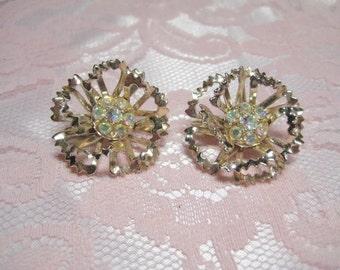 Vintage Sarah Coventry Aurora Borealis Rhinestone Flower Earrings