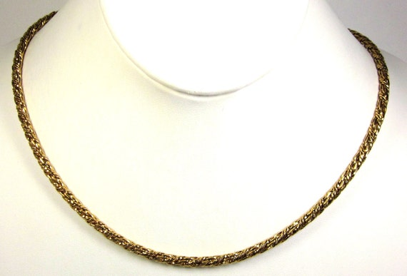 Vintage Chain Necklace With Monet Hand Tag Nice..
