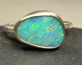 Australian Boulder Opal Ring - 18 k gold and sterling silver