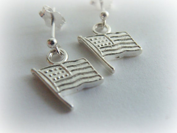 American Flag Sterling Silver Studs - Cartilage Earring, Tragus Earring, Helix , Tiny stud Earring, piercing, Multiple piercing