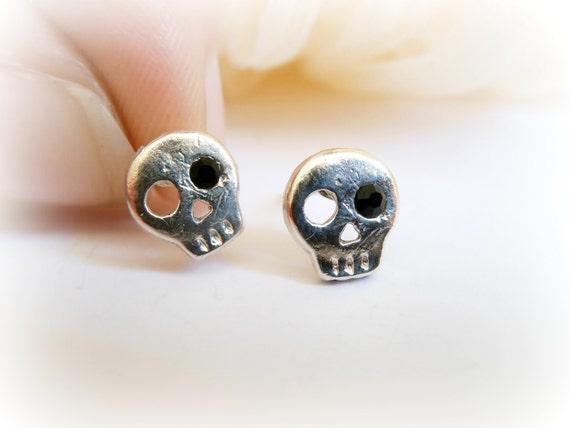 Tiny Skull Earrings - Skull Sterling Silver Studs - Halloween Sterling Silver Jewelry - Skull studs - Skull Earrings -  Cartilage earring