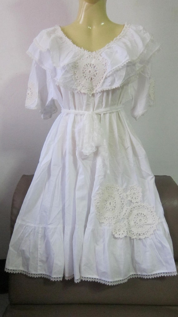 shabby chic...crisp white cotton vintage inspired smock dress with doily details.........
