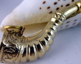 64 mm Brass Burgle Horn Pendant Charms