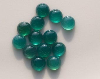 10 pcs 6 mm dyed green agate cabochon  60CB