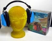 Vintage Century AM/FM Radio Headphones in Orig Box Like New