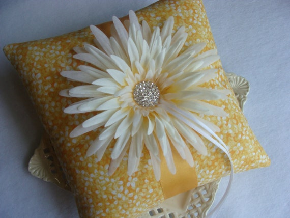 Wedding Ring Bearer Pillow - Off White Gerbera Daisy on Golden Yellow & White