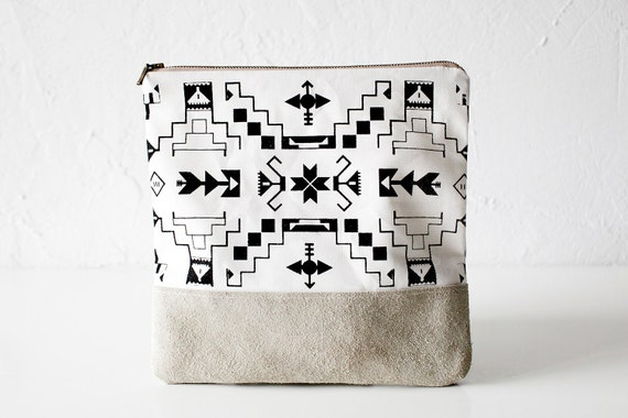 Navajo Pattern Printed Leather-Suede Pouch native aztec black No. ZP-103