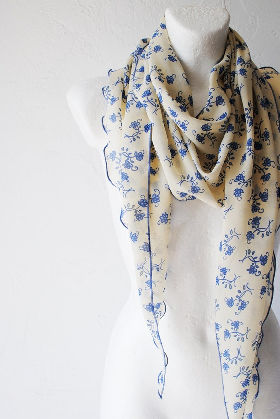 August SALE Little Periwinkles Curly Scarf