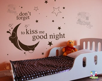 Wall Decal Quote - Don't forget to kiss me good night... - TXKG010