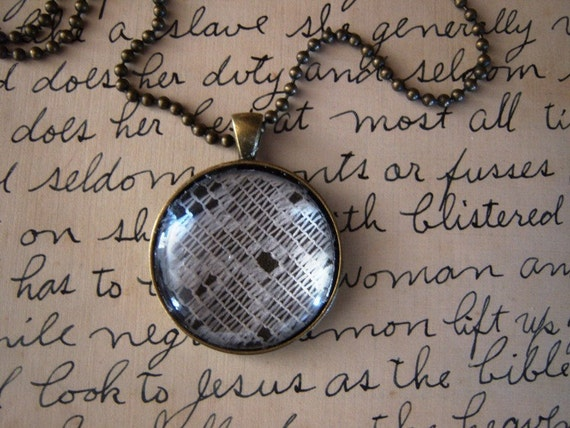 Vintage Round Feminine White Lace Antique Brass Glass Dome Necklace-2011-1 New Orleans