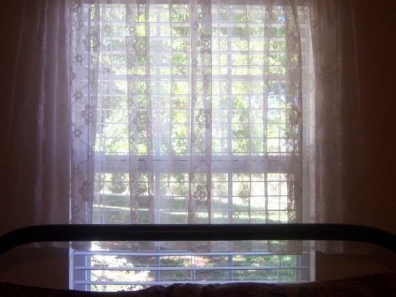 Vintage Lace Cafe Curtains