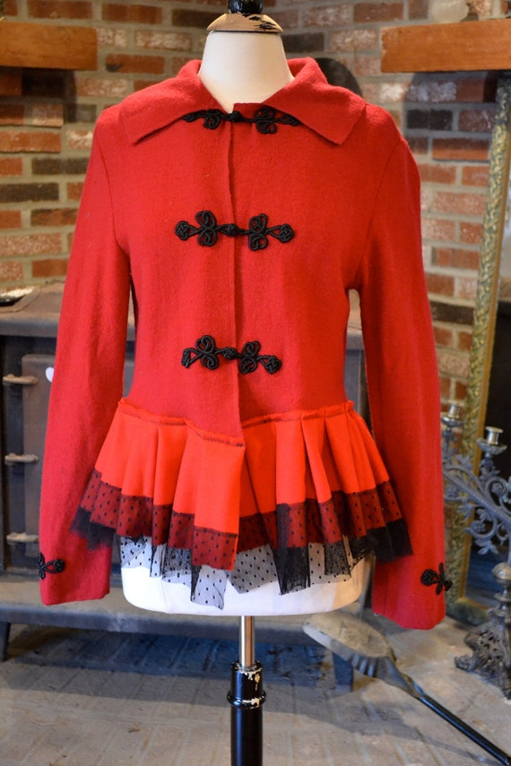 Eco jacket. Now this is the real little Red Riding Hood. Size: Large