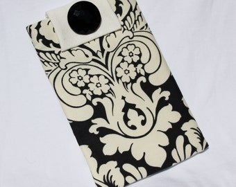 CLEARANCE SALE E-Reader Kindle Sleeve Padded-Black & White Damask  Pattern