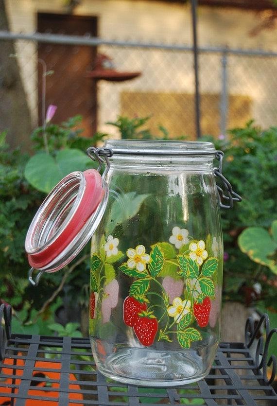 Arc France Strawberry Mason Jar Canister