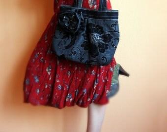Mina -black and grey  beautiful, elegant and cosy handbag with Flower