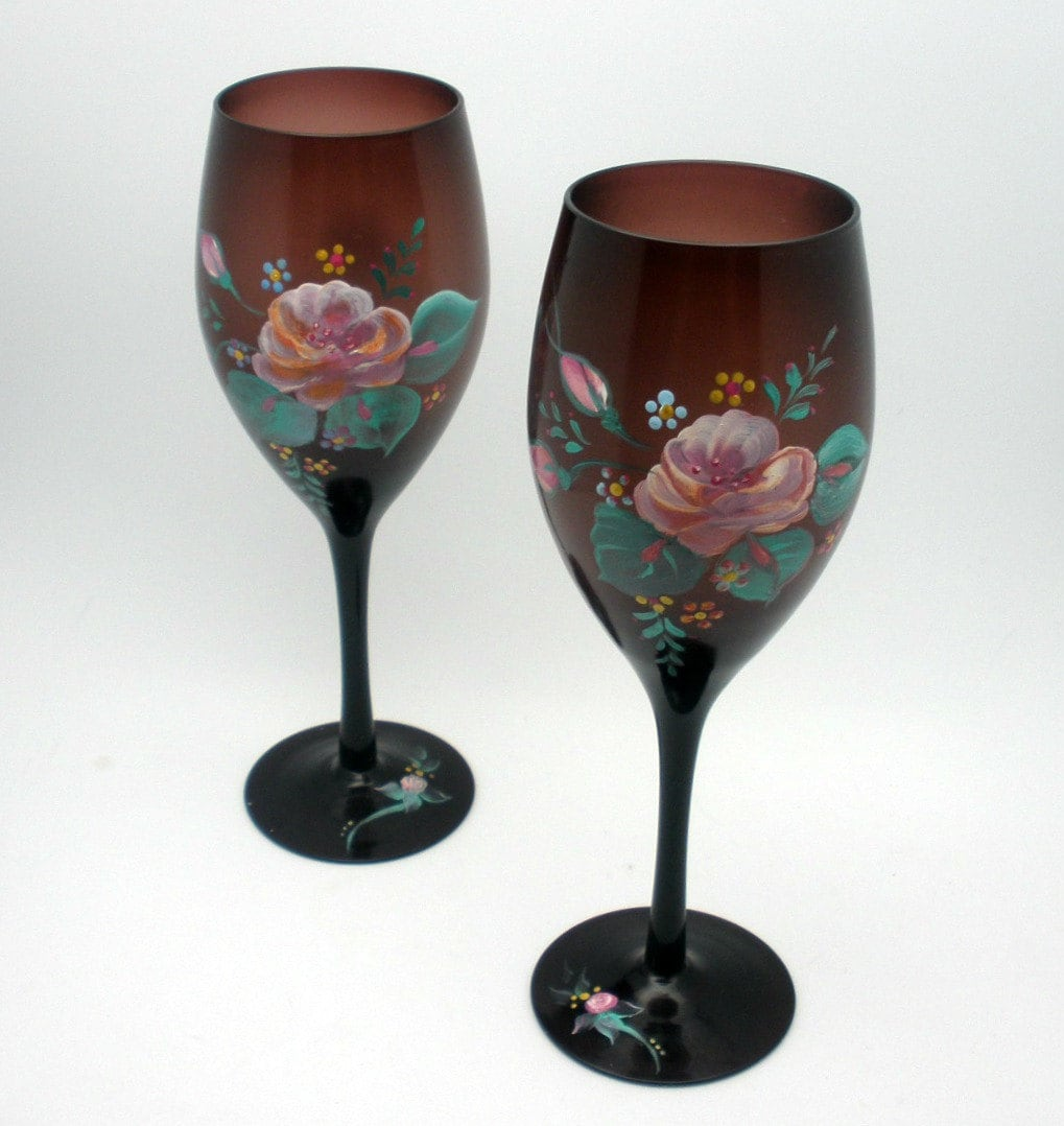 Etched hand painted wine glasses with pink by lonabscreations for Hand painted glassware