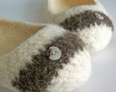 The Ade - Wool Felted Slipper -  Womens Size 5 / Cream / Brown / Neutral / Stripe / Button - READY TO SHIP