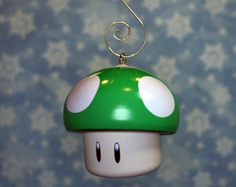 Nintendo Super Mario Brothers Green Mushroom 1Up DELUXE Christmas Ornament