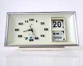 FUTURIST - White Snow Mechanical Alarm Clock