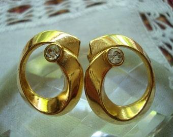 Ribbon Sparkle Vintage Pierced Earrings by Avon