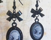 Cameo and Bows Earrings