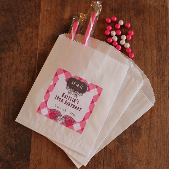 24 Sweet 16 Party Favor Bags with Personalized Labels - Kaitlin Design - ANY COLOR - candy buffet bags, cookie buffet bags, wedding favors