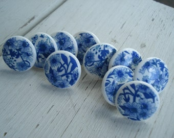 Delft Look Cobalt Blue and White Vintage Cabochons Push Pins Thumb Tacks Set of 10