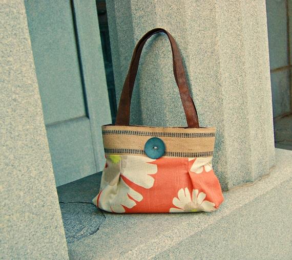 Handbag Purse Everyday bag : Peaches and cream