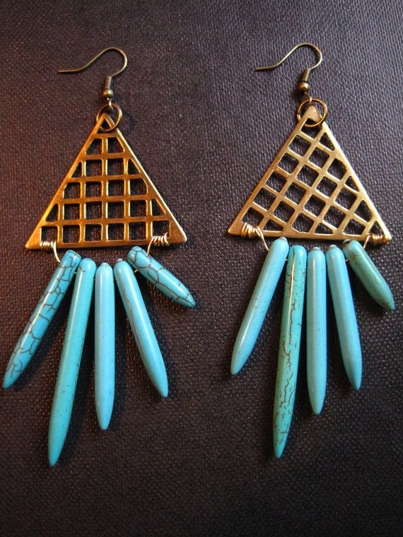 Gold pyramid and turquoise earrings