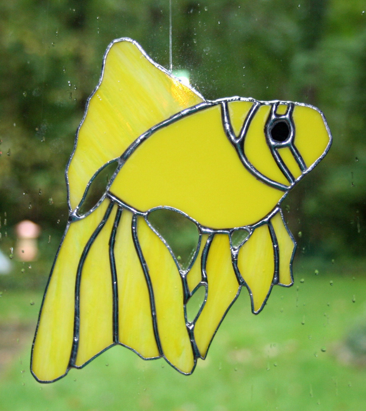 Stained glass yellow fish suncatcher for Stained glass fish