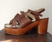 Amazing 70's Platform Sandles with Ankle Strap SZ 7