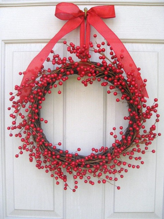 Red Valentine Wreath, Holiday Wreath, Berry Wreath, Red Holiday Decor for Front Door, Patriotic Decoration