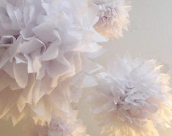Wedding decor ... Tissue pompoms ... Simply White ... 20 Poms