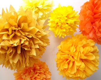 Party Decorations  ... 7 Poms // wedding decor // outdoor autumn fall // halloween // baby bridal shower // tissue paper flowers