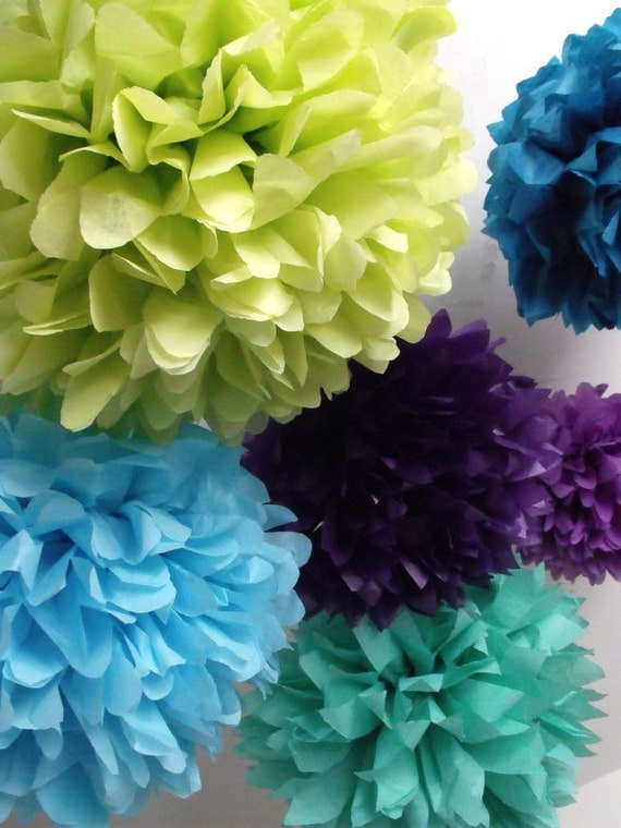 Peacock wedding ... 40 Tissue paper pompoms - peacock party