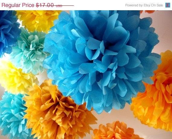 Wedding paper poms ... 5 Poms .... Pick Your Colors