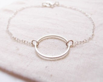 Simple life (bracelet) - Dainty silver hoop with sterling silver