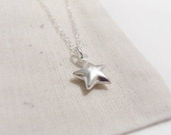 Shooting star (bracelet) - Small puffed sterling silver star