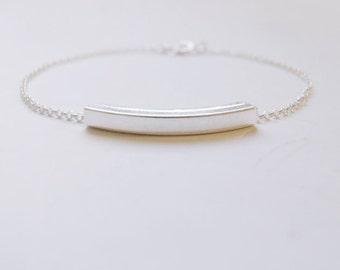 Arc (bracelet) - Sterling silver arched bar