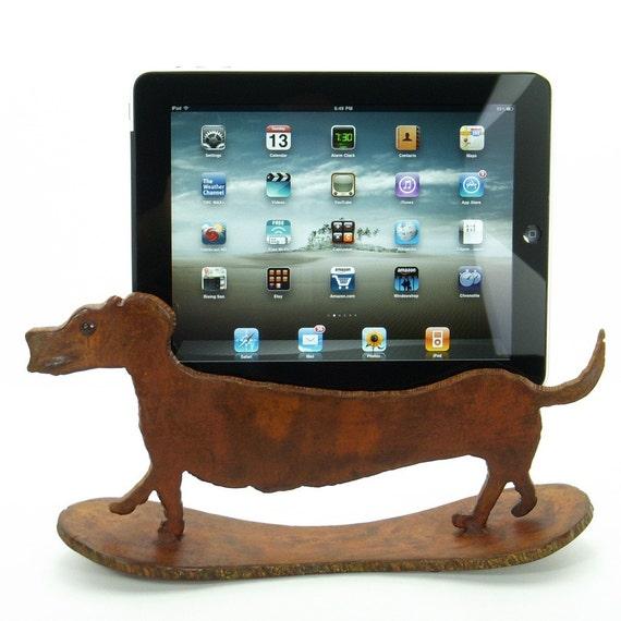 Dachshund iPad 2 Kindle Xoom iPad stand device dock