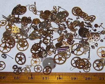 STEAMPUNK Vintage Watch Pieces GEARS 2.5g Decorative Sample Size Lot Plus Best Artist Steam Punk Movement Parts Industrial