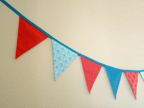 Fabric garland - Red and turquoise - 2.5 yds