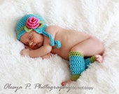 IN STOCK Newborn Earflap hat with Rose and leg warmers