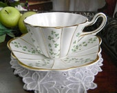 Royal Tara Teacup Tea Cup and Saucer Fine Bone China Shamrock Wavy Edged Ireland 13796